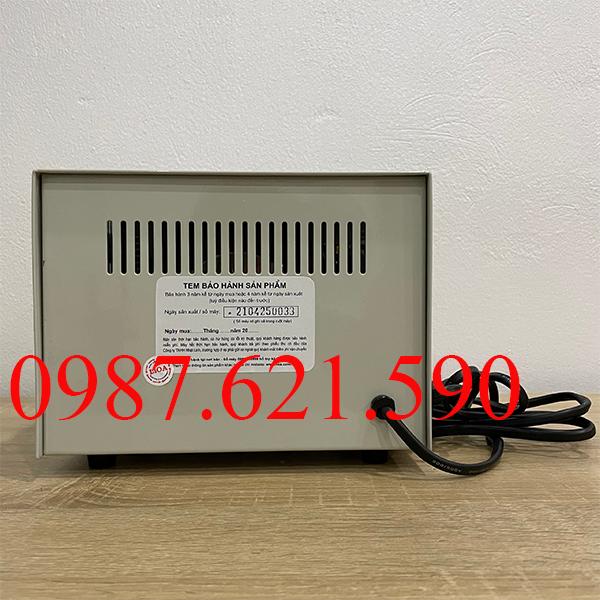 Biến áp vô cấp 1 pha Lioa SD-255 2