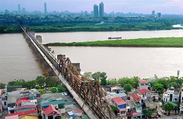 Long Biên